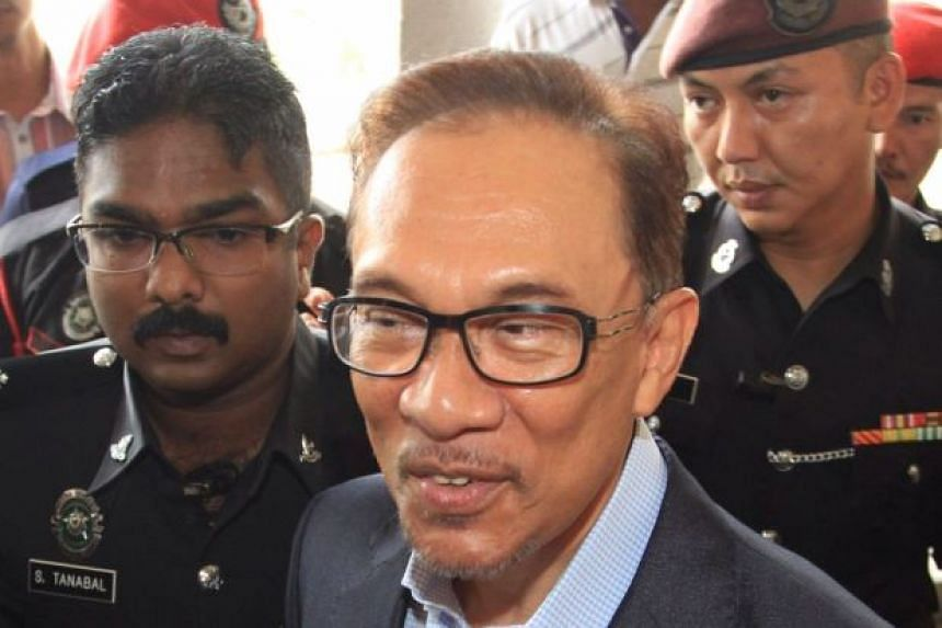Malaysia opposition politician Anwar Ibrahim (pictured) said it was not up to former PM Mahathir Mohamad to decide who should be the opposition's prime ministerial candidate.