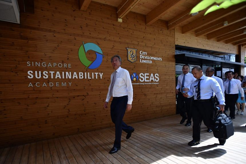 Mr Teo Chee Hean, Deputy Prime Minister and Coordinating Minister for National Security, at the Singapore Sustainability Academy (SSA).