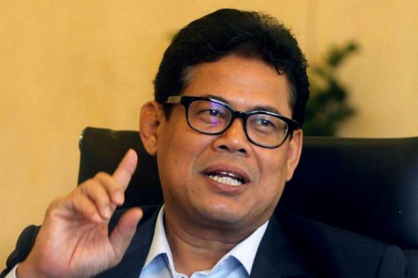 The chairman of Malaysia's Felda Global Ventures Holdings Bhd has asked chief executive Zakaria Arshad (pictured) to resign.