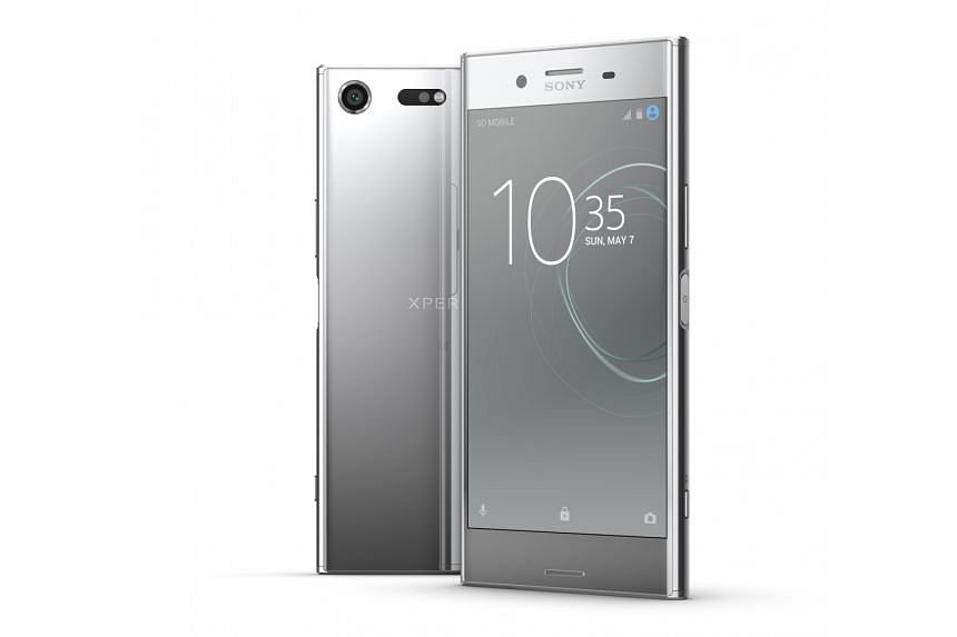 The Sony Xperia XZ Premium's predictive capture mode, which senses motion when you are preparing to shoot and which takes up to four photos of quick action even before the shutter is pressed, is by far the more useful feature.
