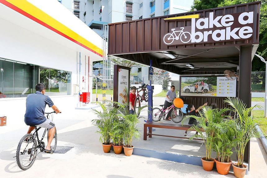 The revamped Shell station in Tampines Avenue 2 has a designated bay where cyclists can park their bicycles and do minor repairs. The location and large size of the station, and the active cycling community in Tampines were the key factors that promp