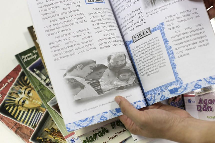 The series of Malay language books called Agama, Tamadun Dan Arkeologi has been withdrawn by the National Library Board after concerns about their contents were raised.