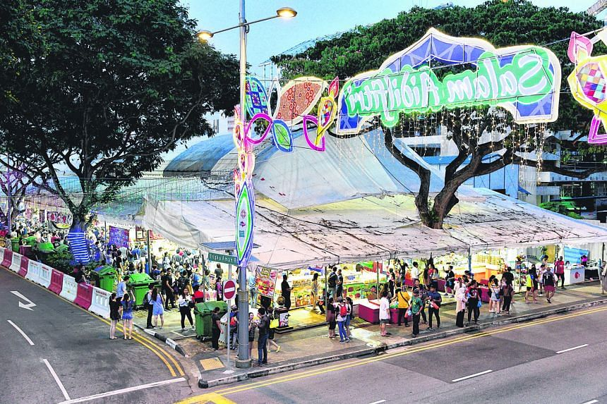 The crowds are drawn by unusual food offerings such as rainbow burgers and goreng pisang with chocolate-cheese and condensed milk, rather than traditional fare.