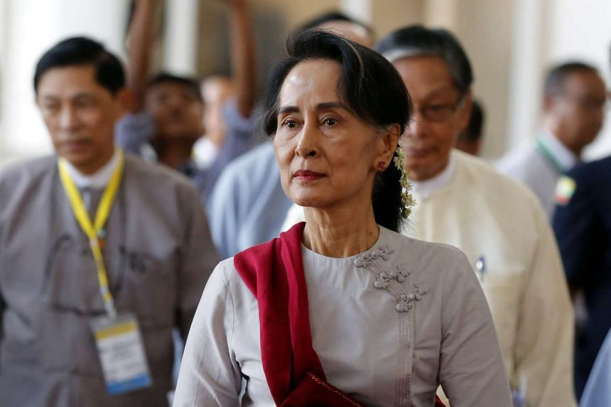 Myanmar's Foreign Minister and State Counselor Aung San Suu Kyi, leaves after a meeting between Myanmar's Government, Myanmar's Army and the Peace Process Steering Team (PPST), during the Union Peace Conference in Naypyitaw, Myanmar, 27 May 2017.