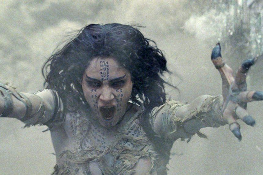Sofia Boutella stars in The Mummy.