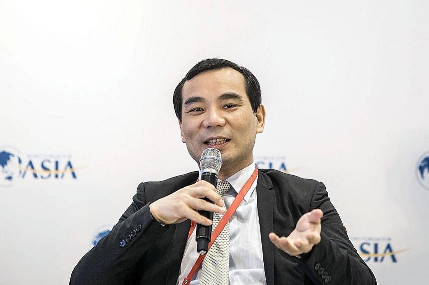 WU XIAOHUI, 51