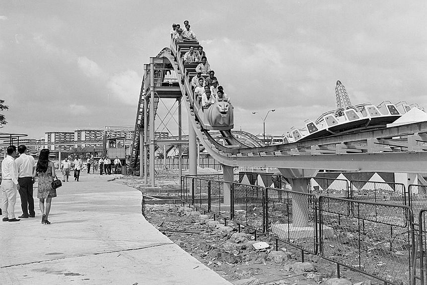 The roller coaster at the Wonderland Amusement Park, a theme park in Kallang in the late 1960s to 1980s.