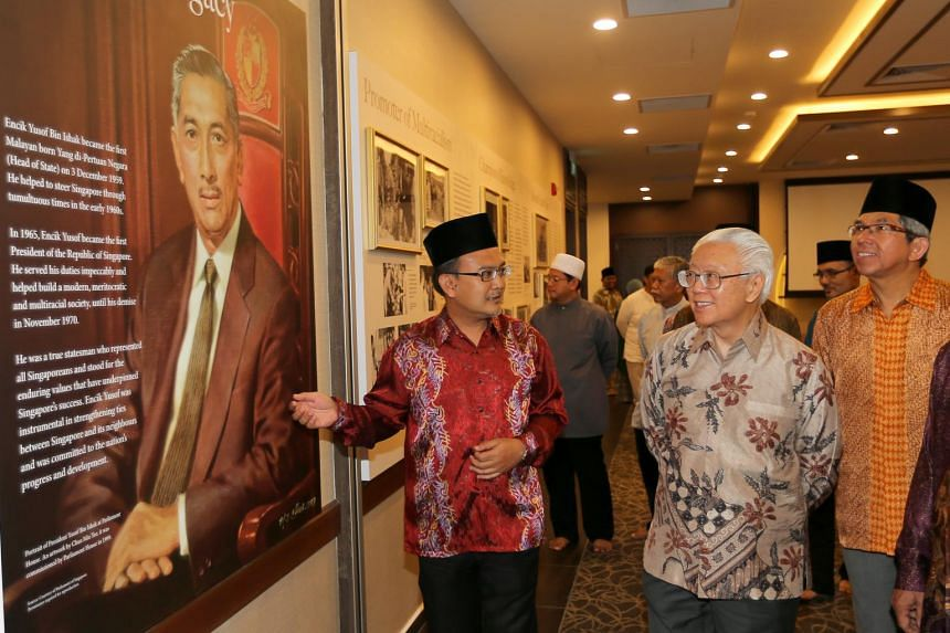 President Dr Tony Tan (second from right) and Minister Dr Yaacob Ibrahim viewing the Heritage Gallery at the newly opened Masjid Yusof Ishak mosque on June 16, 2017.