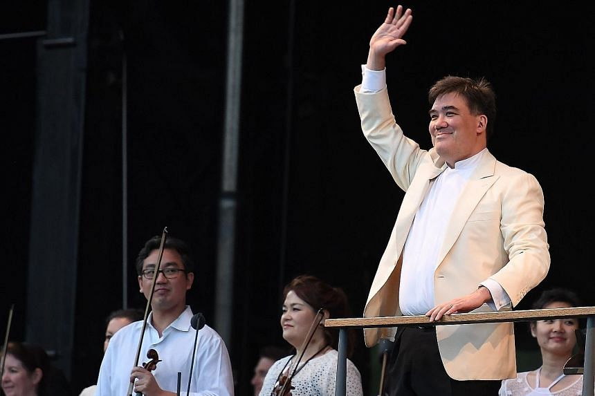 Conductor Alan Gilbert, who is ending his tenure at the New York Philharmonic, envisions a group of musicians playing concerts that express hope for peace, cooperation and shared humanity.