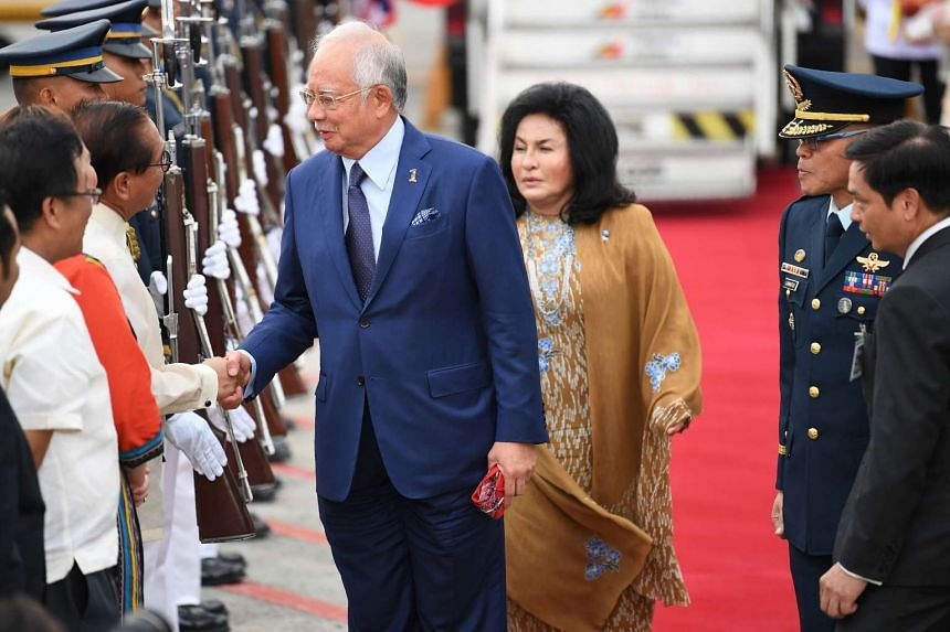 PM Najib and wife Rosmah Mansor for an Asean summit in Manila, April 27, 2017.