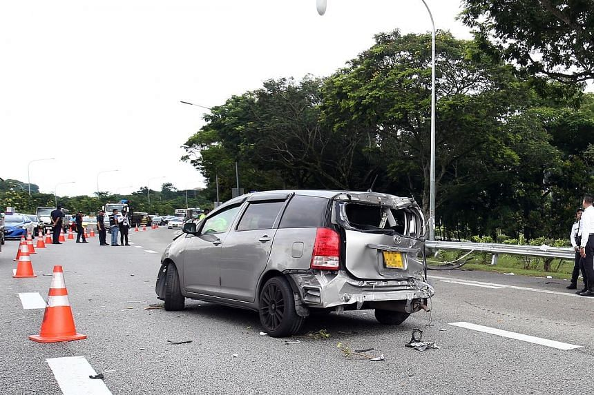 A multi-purpose vehicle went out of control and skidded at around 1.50pm near the Tampines Expressway exit on Sunday. It was rounding a bend when it slid and hit a metal barrier.