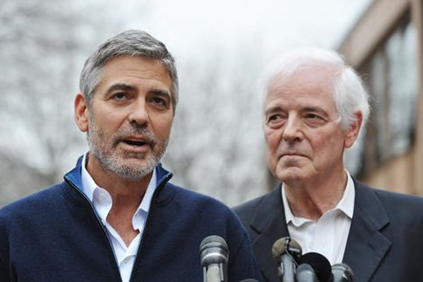 Nick Clooney (right) and George Clooney (left).
