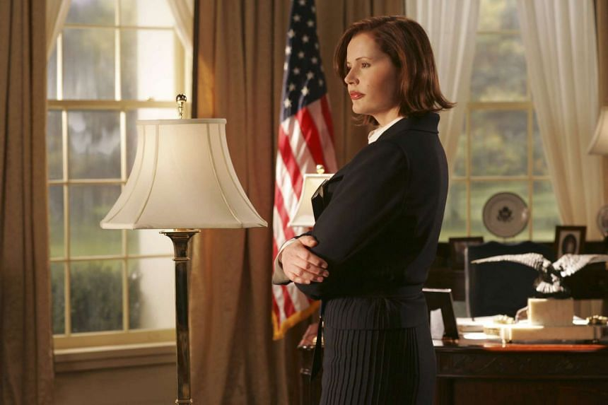 Actress Geena Davis, who starred as the President of the United States in the TV series Commander In Chief, said she hoped the Common Sense ratings would help increase pressure on the entertainment industry to produce more content with positive femal