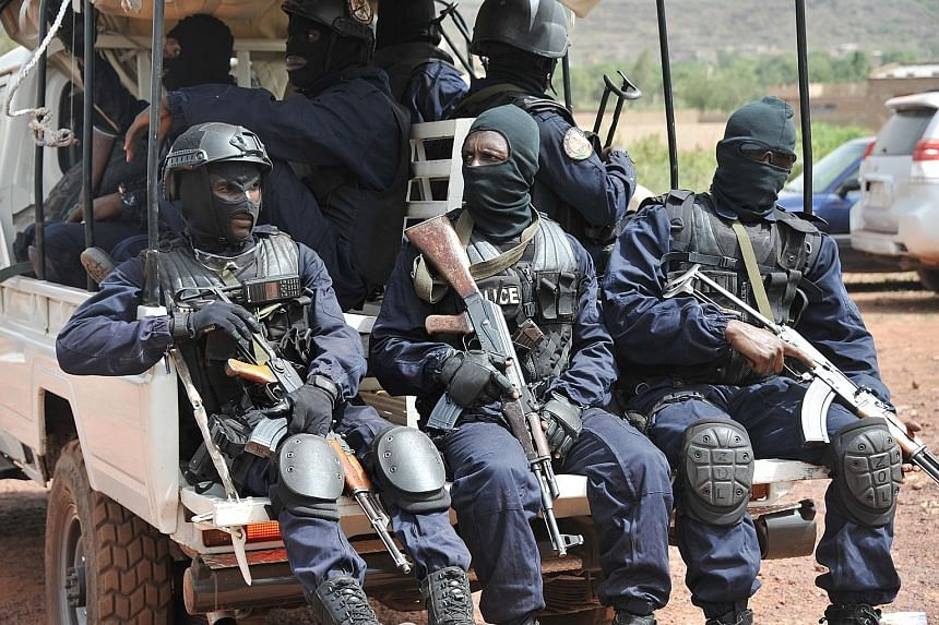 Malian anti-terrorist special forces arriving at the Kangaba tourist resort in Bamako on Monday, a day after gunmen stormed the resort, briefly seizing more than 30 hostages and leaving at least two people dead. Four assailants were killed by securit