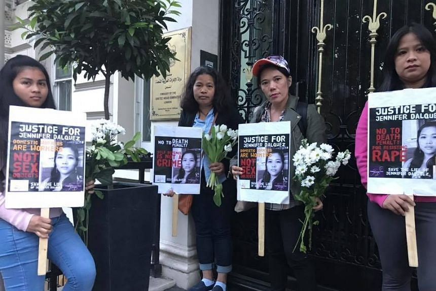 People protest on behalf of Dalquez outside the UAE embassy in London, in May 2017.