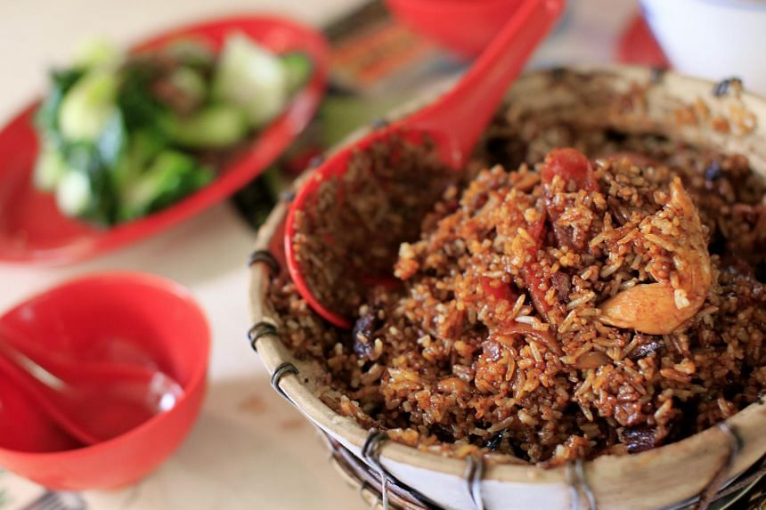 Claypot rice from New Lucky Claypot Rice.