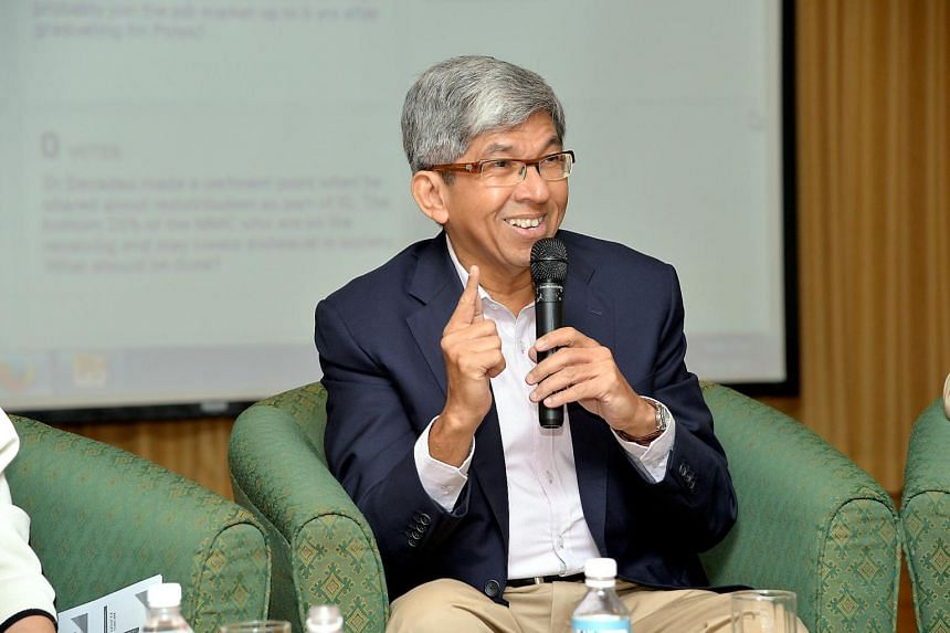 Minister-in-charge of Muslim Affairs Yaacob Ibrahim said he was heartened to see Singaporeans of all races joining Muslims at mosques during Ramadan to break fast.