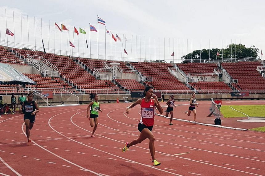 National runner Dipna Lim-Prasad coming from behind to win the 400m race at the Thailand Open at the Thammasat University Sport Complex on June 14, 2017.
