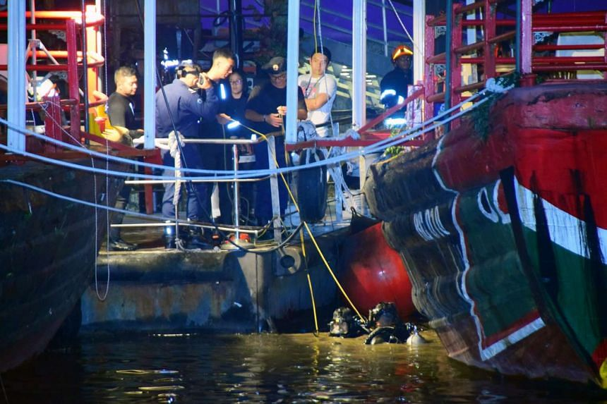 Two divers from the Disaster Assistance and Rescue Team (DART) conducted diving operations in the area to search for the man, but he was not found.