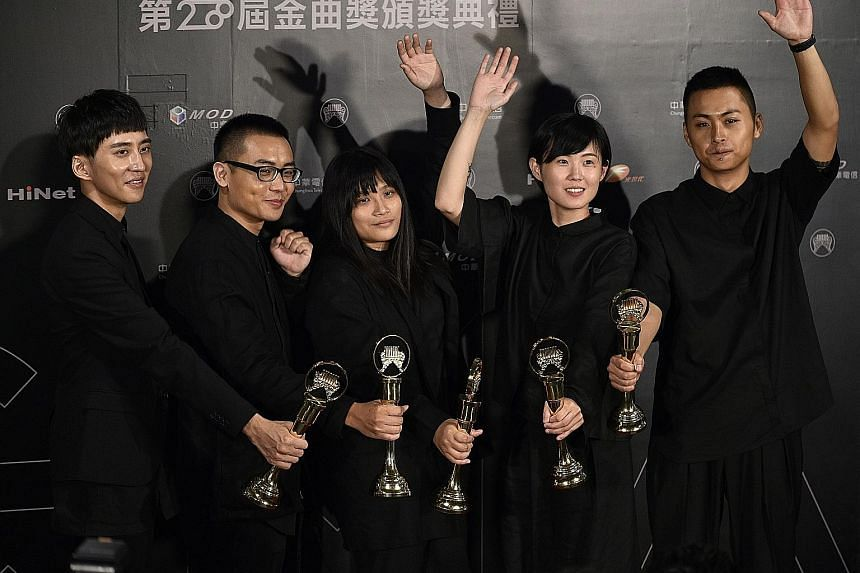 The band No Party For Cao Dong won Best Musical Group, Best New Artist and Song Of The Year at the 28th Golden Melody Awards.
