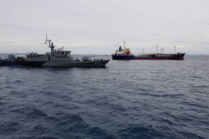 Thai oil tanker ship was attacked by pirates after leaving Singapore.