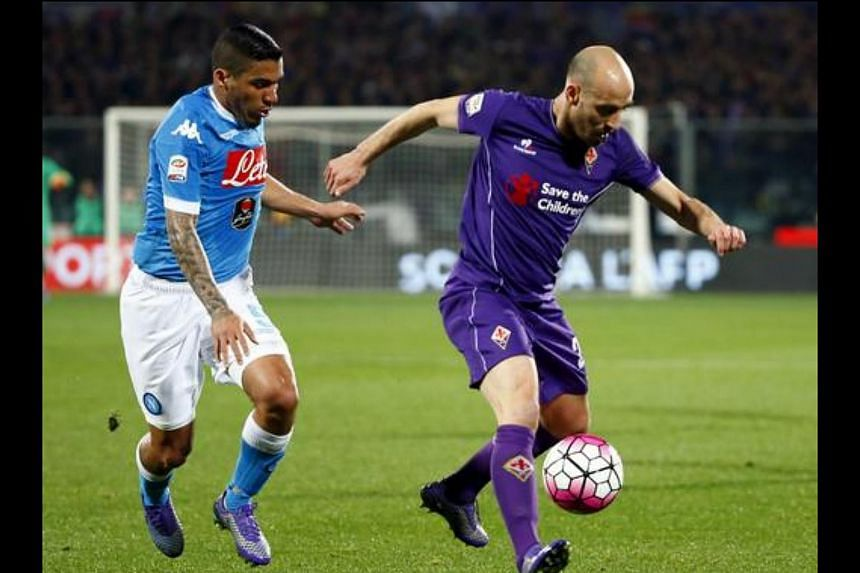 Viola fans have vented their anger at the news that popular Spanish midfielder Borja Valero could be leaving the club to rivals Inter Milan.