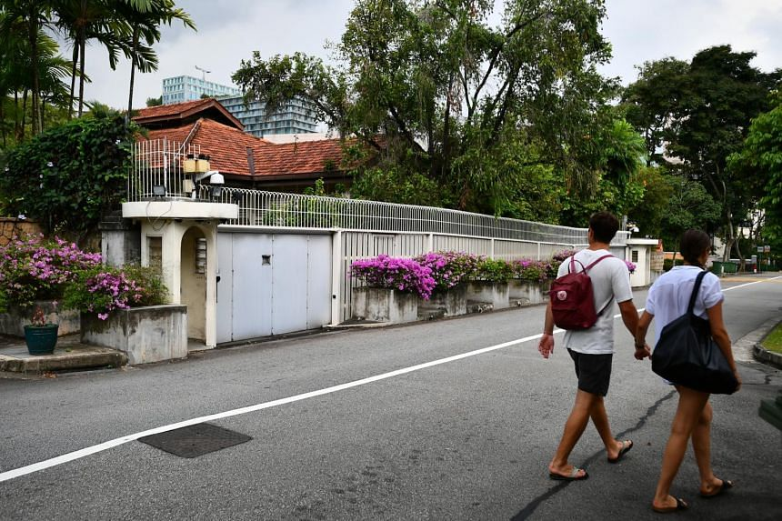 In a Facebook post, Mr Lee Hsien Yang said that neither he nor his sister asked the Government to allow them to demolish the house right away.