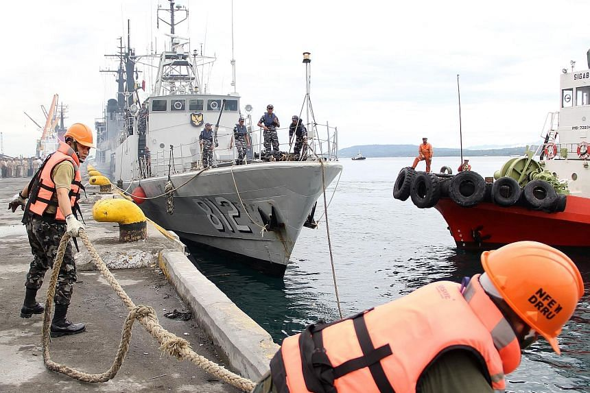 An Indonesian patrol ship docking at a port in Davao, southern Philippines, on Monday. The Philippines and Indonesia yesterday started their annual joint patrol of the Celebes Sea.