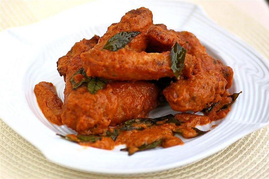 The Asian fried chicken wings uses ingredients ginger juice, Chinese cooking wine and coriander leaves in its marinade.