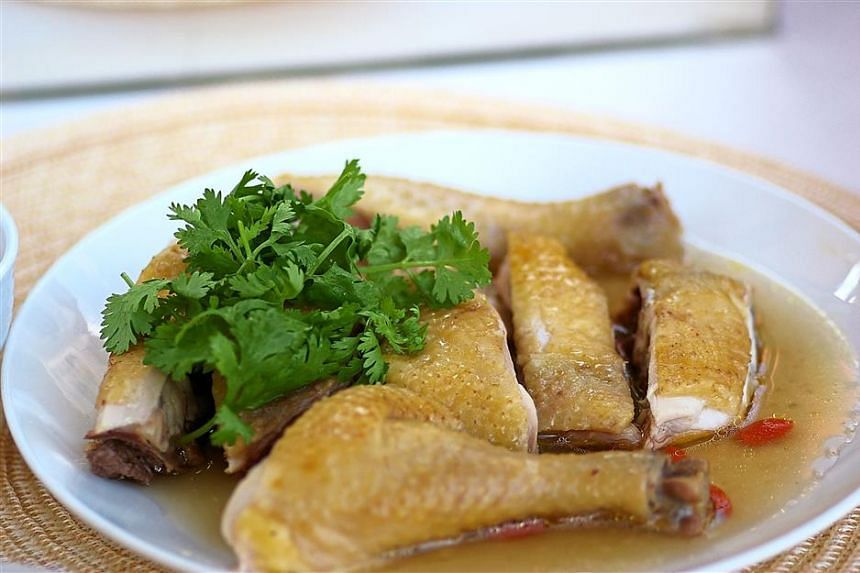 The wholesome broth of the Herbal Salted Chicken contains herbs like dong quai (angelica sinensis) and pak kei (astragalus root).