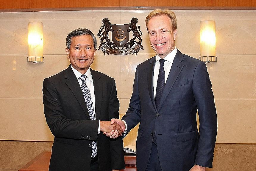 Minister for Foreign Affairs Vivian Balakrishnan (far left) hosted his Norwegian counterpart Borge Brende to lunch on Tuesday.