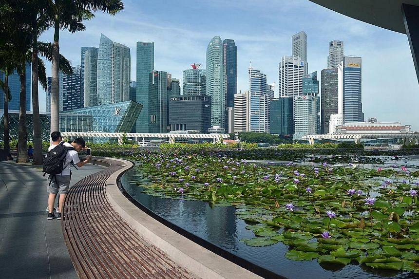 A scenic spot in the Marina Bay Financial Centre area. The rebound in Grade A central business district rents was led by take-up in Marina Bay, where rents surged 5.8 per cent.