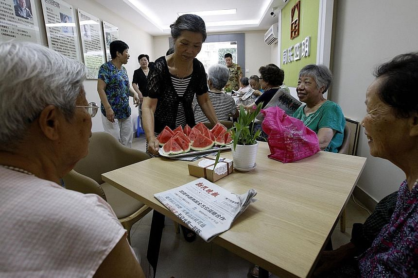 In Shanghai, soaring temperatures have prompted the conversion of 318 senior activity centres in the Jing'an area into free cooling spots for elderly residents to avoid the heat outside. Among the cooling measures - serving slices of watermelon to re