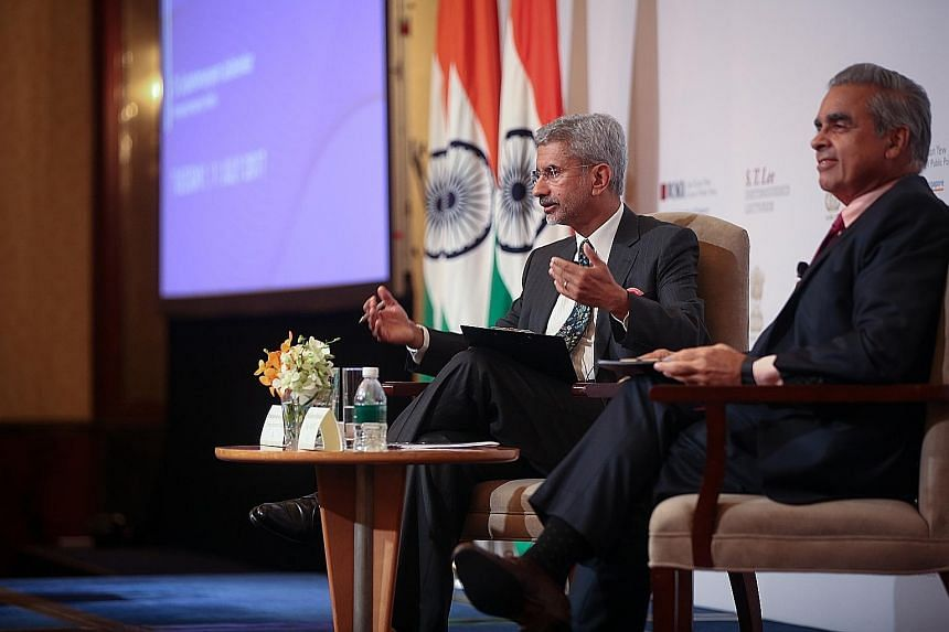 Indian Foreign Secretary S. Jaishankar (left) and Professor Kishore Mahbubani, dean of the Lee Kuan Yew School of Public Policy, in a forum discussion at the National University of Singapore yesterday.