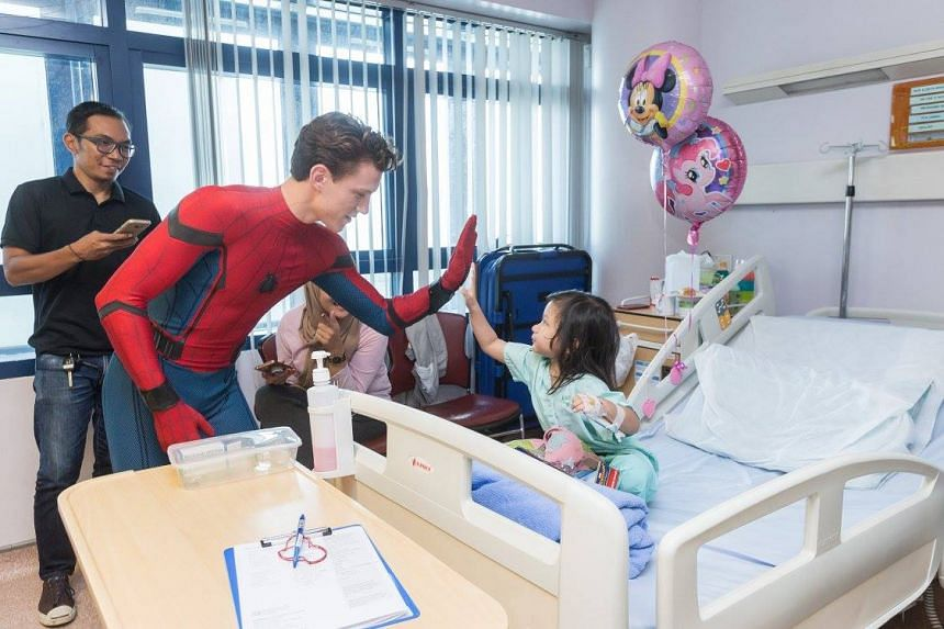 tom holland dressed as spider man charmed patients when he visited kk womens