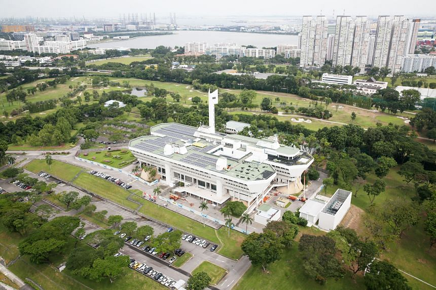 An aerial view of the iconic Jurong Town Hall building. Completed in March 1974, the almost 27,000 sq m white-washed compound stood out starkly against a backdrop of lush vegetation and fish and prawn farms in the early 1970s. Jurong Town Hall served