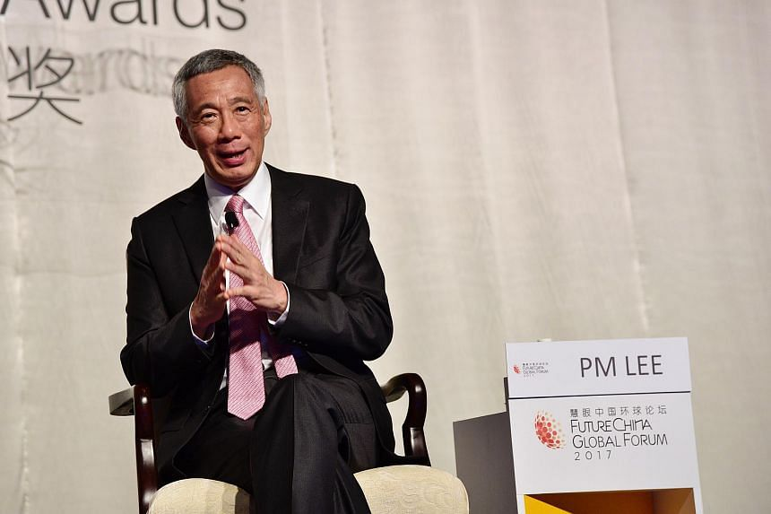 Prime Minister Lee Hsien Loong at the dialogue session at the Business China Awards 2017.
