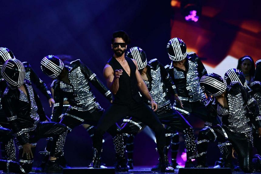 Actor Shahid Kapoor (above) performing at the International Indian Film Academy Awards last Saturday. He bagged the Best Actor award for his role in Udta Punjab. His co-star in the film, Alia Bhatt, won Best Actress.