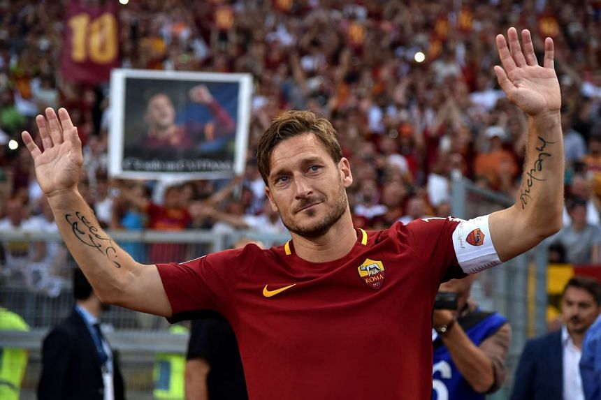 Roma's Francesco Totti waves to supporters after his final game at Stadio Olimpico, Rome, Italy on May 28, 2017.