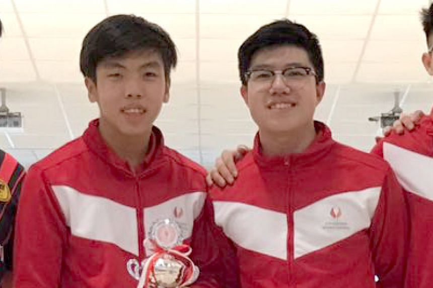 Aidan Poh (left) and Jarred Lim (right) won Singapore's first bowling gold at the Asean Schools Games, beating Indonesian twins Patrick and Paolo Hernandez by 220 pinfalls.