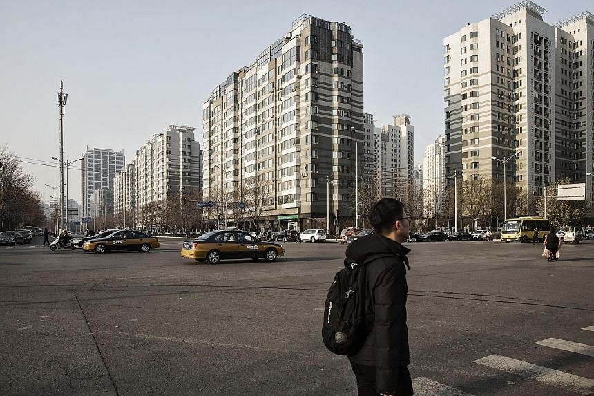 China's 15 hottest property markets, mostly first- and second-tier cities like Beijing, remained stable last month as a city-based property policy continued to take effect, the National Bureau of Statistics says.