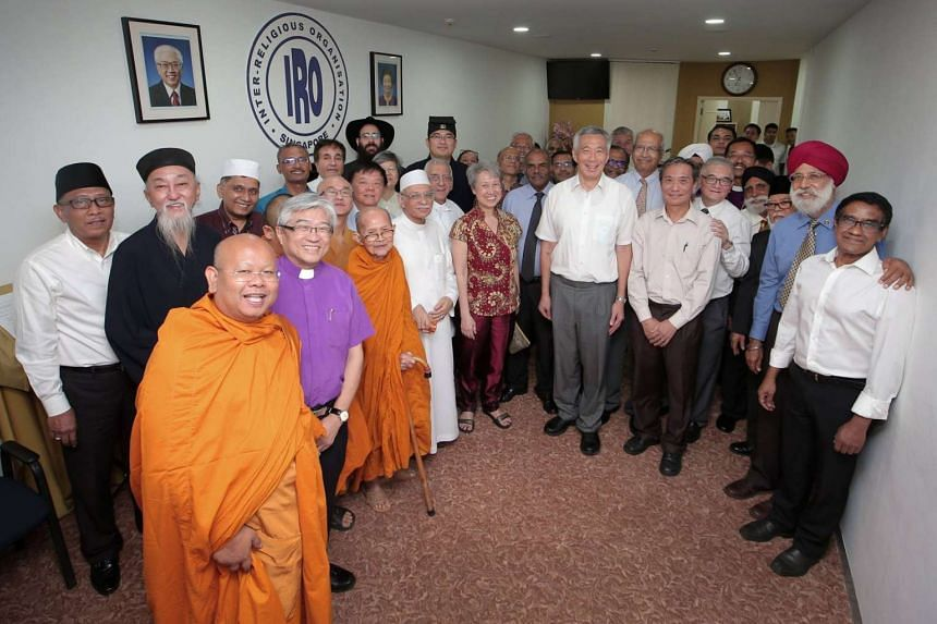 Prime Minister Lee Hsien Loong with members of the Inter-Religious Organisation.
