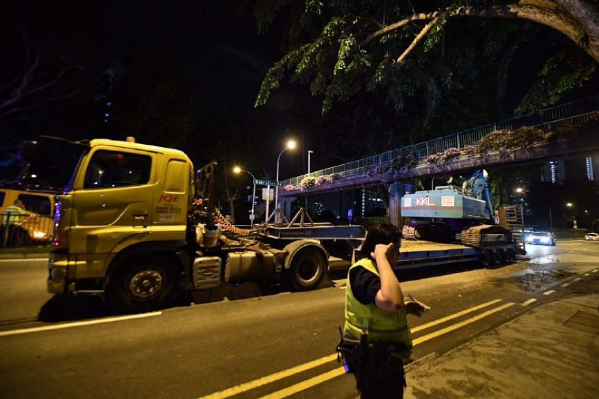 The incident caused part of Balestier Road to be closed, with traffic towards Lavender diverted to Rangoon Road.