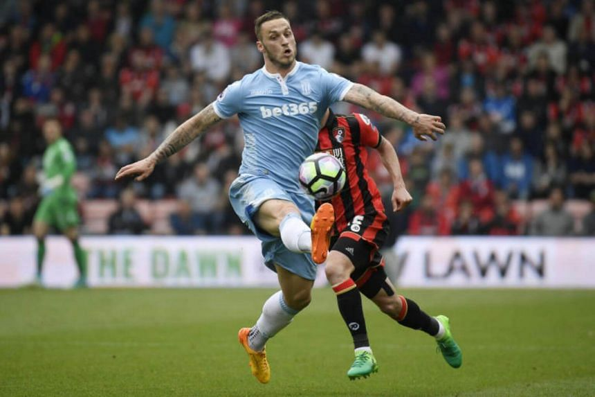 Marko Arnautovic has joined West Ham United in a move potentially worth £25 million (S$44.2 million).