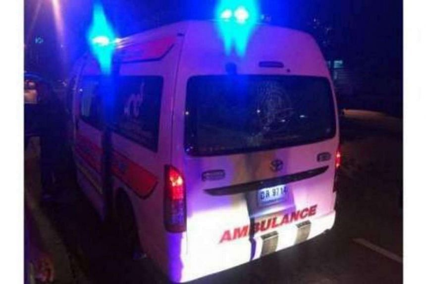 Unknown assailants opened fire at a Po Tek Tung Foundation rescue van in Bangkok early on Sunday (July 23).