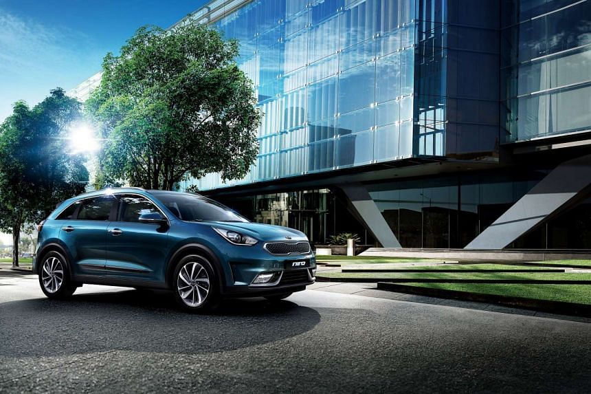 The Kia Niro is one hybrid car to look out for in 2017.