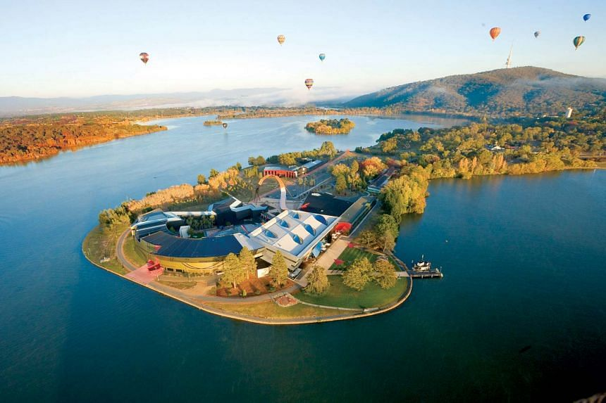 Drift in a hot air balloon and enjoy a bird's eye view of Canberra. PHOTO: VISITCANBERRA