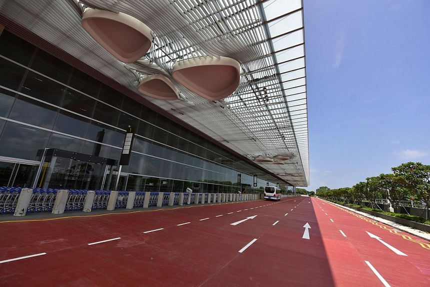 The kerb-less entrance of T4 means that passengers can roll their luggage into the terminal building without having to lift their bags.