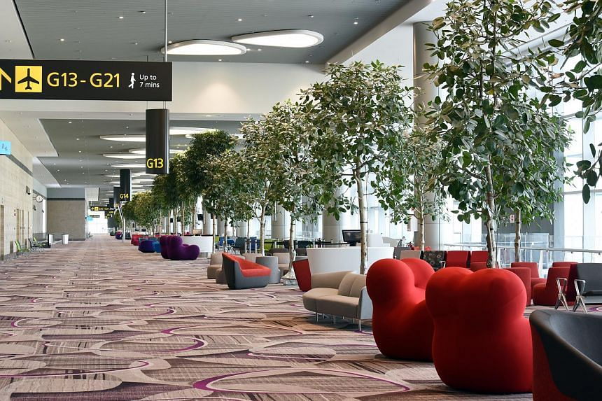T4, designed with high ceilings and open spaces, projects a modern, clean look and also promises to be a visual treat for travellers and visitors.