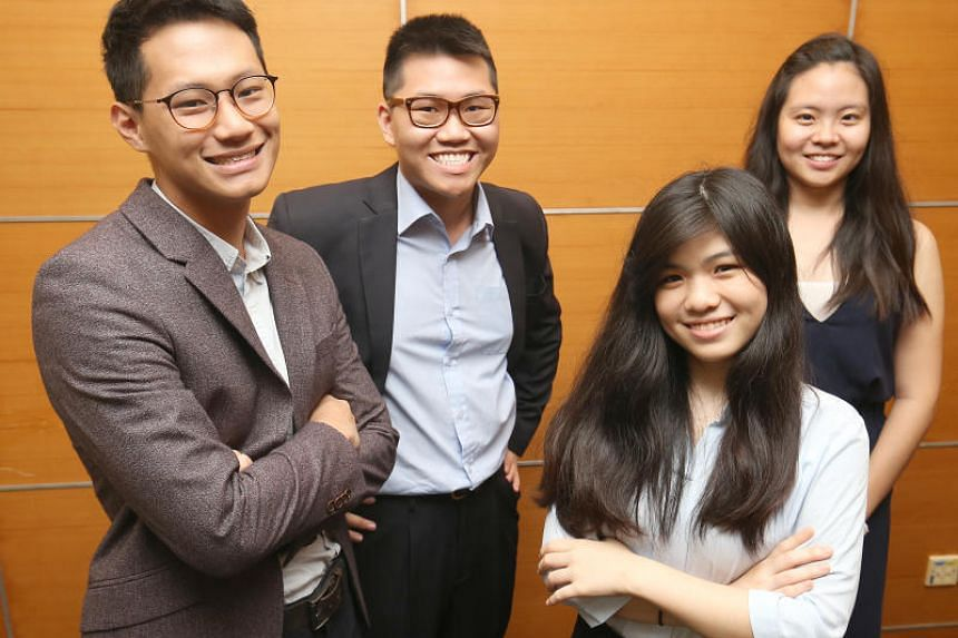 The four recipients of the SPH journalism scholarship.